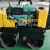 安庆市人推式双缸轮压实震碾机狭窄路面轧道机公园回填震实机